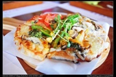 新竹美食:20130515尖石薰衣草森林-德式香腸比薩