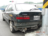 四輪傳承:20081120後面被Kiss的車車2