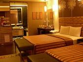 汽車旅館:20090720台南假日汽車旅館705亞曼尼四人房-臥室1