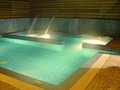 汽車旅館:20090720台南假日汽車旅館105浪漫蘇美四人房-泳池2
