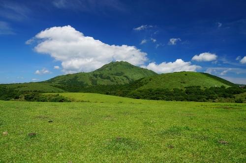 擎天崗草原&彩雲 - 陽明山遊園景點