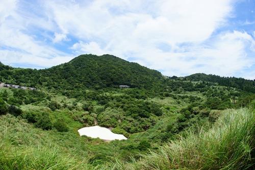 冷水坑牛奶湖 - 陽明山遊園景點