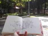 2015年12月 / 生活速寫。手繪日記:【2015 / 528 輪廓速寫:親子公園小景 】比比看