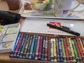 2015和2016年在畫室 與咖啡館或戶外寫生教學:星期天下午茶的繪畫課,以水彩和水性蠟筆為主