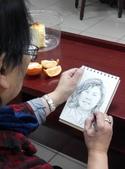 2015年 星期四下午的繪畫課〈家政班學員〉:我幫學生畫人物速寫