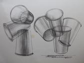 啡畫不可 / 教學繪畫紀錄:利用單色水性鉛筆作線條的練習 / 畫杯子(學生的參考圖檔紙杯)