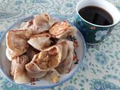 日照小館的特色:黑咖啡搭配自製煎餃…完全不用沾醬美味好吃