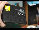 Nikon閃燈之神SB-900開盒:1037437052.jpg