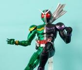 MG 1/8 假面騎士 CYCLONEJOKER (綠黑):1422657748.jpg