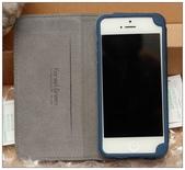 韓國 Arevo Flip 隱藏磁釦 翻頁皮套 iPhone5 專用:DSC_0173.JPG