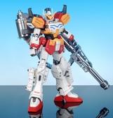 MG 1/100 重武裝鋼彈:DSC_0572.JPG