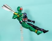 MG 1/8 假面騎士 CYCLONEJOKER (綠黑):1422657718.jpg