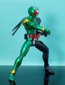 MG 1/8 假面騎士 CYCLONEJOKER (綠黑):1422657714.jpg