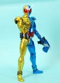 MG 1/8 假面騎士FIGURERISE(黃藍):1944705759.jpg