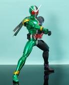 MG 1/8 假面騎士 CYCLONEJOKER (綠黑):1422657715.jpg