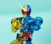 MG 1/8 假面騎士FIGURERISE(黃藍):1944705775.jpg