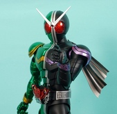 MG 1/8 假面騎士 CYCLONEJOKER (綠黑):1422657702.jpg