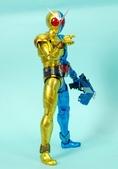 MG 1/8 假面騎士FIGURERISE(黃藍):1944705760.jpg