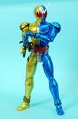 MG 1/8 假面騎士FIGURERISE(黃藍):1944705777.jpg