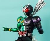 MG 1/8 假面騎士 CYCLONEJOKER (綠黑):1422657746.jpg