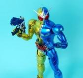 MG 1/8 假面騎士FIGURERISE(黃藍):1944705762.jpg