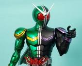 MG 1/8 假面騎士 CYCLONEJOKER (綠黑):1422657704.jpg