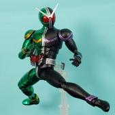 MG 1/8 假面騎士 CYCLONEJOKER (綠黑):1422657712.jpg