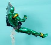 MG 1/8 假面騎士 CYCLONEJOKER (綠黑):1422657720.jpg