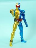 MG 1/8 假面騎士FIGURERISE(黃藍):1944705764.jpg