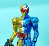 MG 1/8 假面騎士FIGURERISE(黃藍):1944705780.jpg