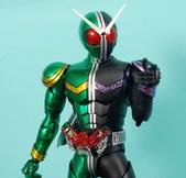 MG 1/8 假面騎士 CYCLONEJOKER (綠黑):1422657705.jpg