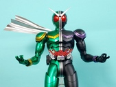 MG 1/8 假面騎士 CYCLONEJOKER (綠黑):1422657735.jpg