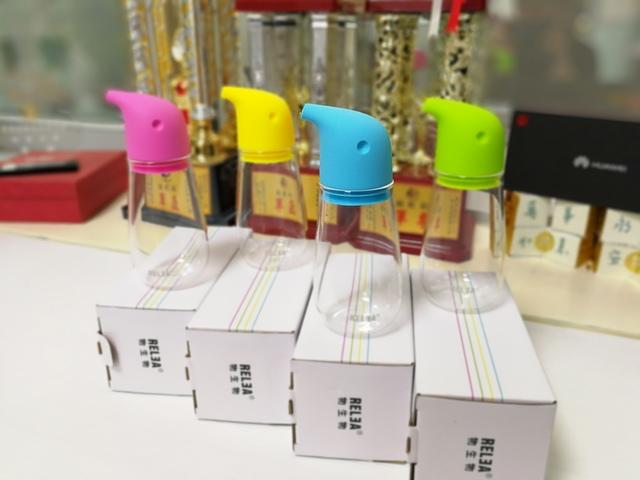 IMG_20170320_164922.jpg - 香港RELEA物生物 220ml 企鵝玻璃油壺