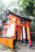 テルオが歩いたり、見たりした風景スナップ:伏見神社の鳥居