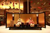 東京散策一日目=スカイツリーとの出会い:ロビーで展示されてる人形はもっともっと贅沢だな