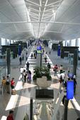 法國蜜月第一天:香港機場