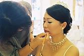 婚紗照過程:化妝中
