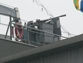 國內外軍事警政消防相簿:武夷軍艦艦橋右舷附近安裝之國造T-75式20公厘機砲