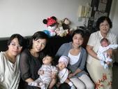 2009.10媽媽小組前進燕貞家+景翔滿月了:1985016632.jpg