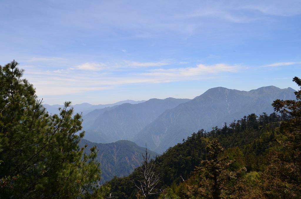台中:mountain.JPG