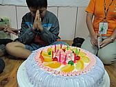 2010小腳ㄚ坪林有機營第二梯:小腳ㄚ生日快樂!.JPG