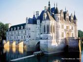 歐洲城堡:wallcoo.com_castle-wallpaper_51349_poster2000