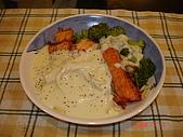 970803_情人節大餐-林小哈煮奶油鮭魚義大利麵:DSC02009.JPG