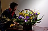 2011年3月18日於花蓮縣文化中心舉行會員聯展:LIU_0934中華花藝推廣協會花展創作中5.jpg