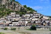 巴爾幹半島的小國小城:Berat1.JPG