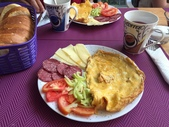 巴爾幹半島的小國小城:breakfast.JPG