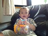 肥ㄗㄗ(2歲):我愛吃的軟糖