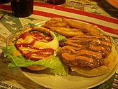 20110116 Gary Bee '69:我的墨西哥辣雞腿漢堡...被說成是兒童餐...QQ