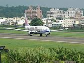自己拍攝的飛機照片:01華航 B737-800 05