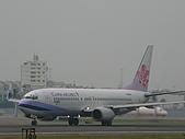 自己拍攝的飛機照片:01華航 B737-800 01